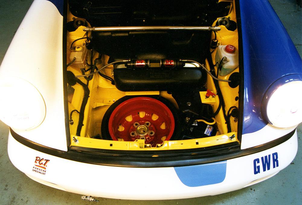 Porsche 964 C2 3.6 - Built to Race, 1997